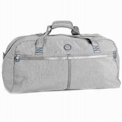 sac de voyage dakine a roulette sac de voyage chez babou sac de voyage kanabeach. Black Bedroom Furniture Sets. Home Design Ideas